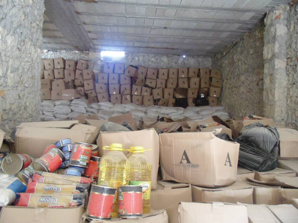 Distribution of food and health baskets, shelter kits in Sinjar, Idleb