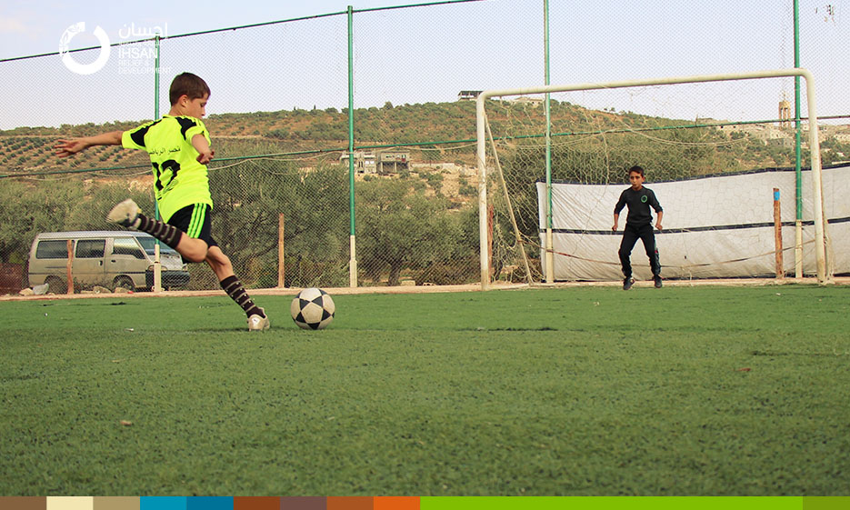 The conclusion of football tournament for youth in Idlib sponsored by the Ihsan Foundation