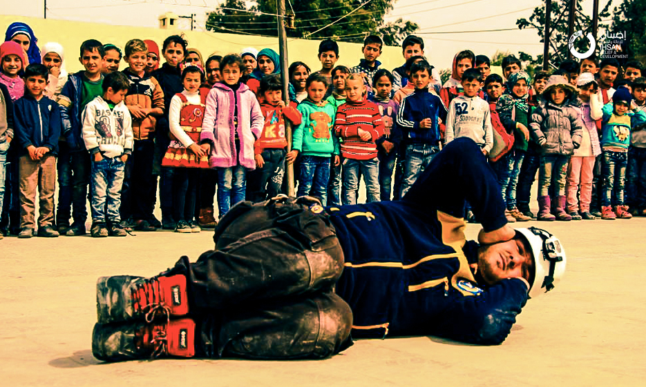 """In cooperation with the """"White Helmets"""", conducting safety and security trainings in the schools supported by IhsanRD"""